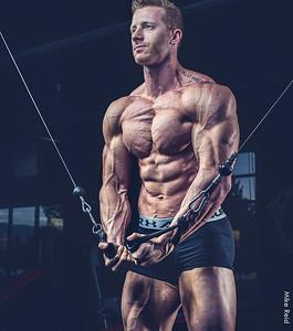 IFBB Physique pro body builder Travis Cleveland