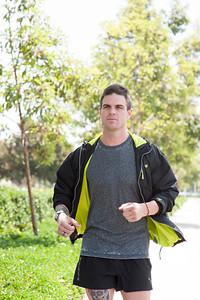 01_KLK_Mike Shea Fitness