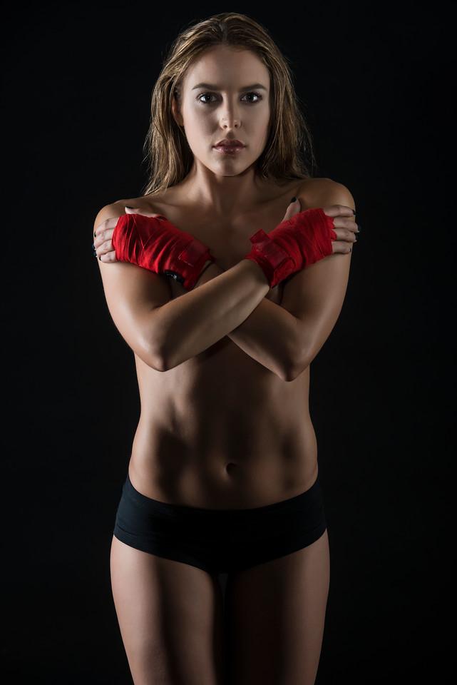 Model: Tori Horton, MUA: Ximena Ocha
