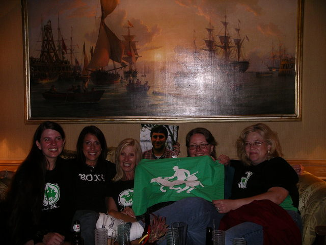 GinaSuperCat, Donna, nancyrose, Rik 2-D, DirtyMartini, SamburuSunset<br /> <br /> <br /> (photo courtesy of chicagogal67)