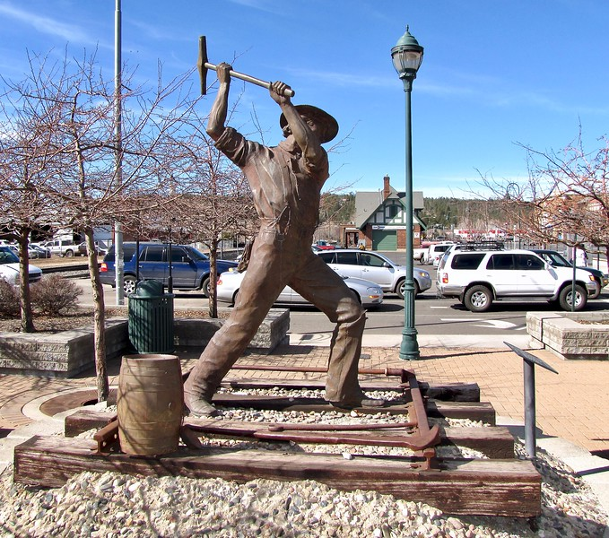 Statue in Downtown Flagstaff (2011)