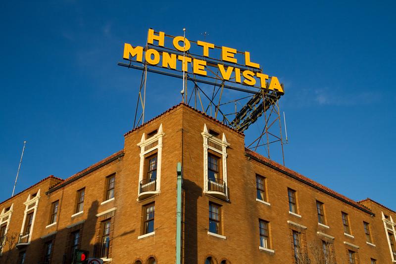 Monte V II