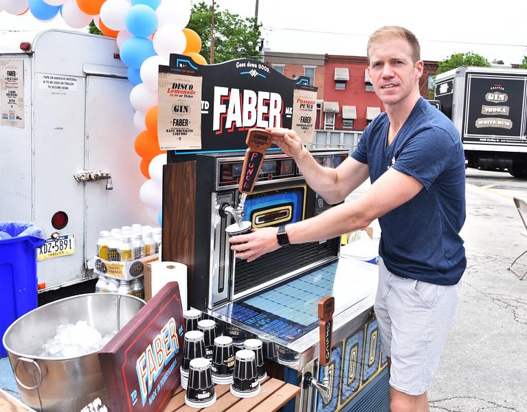 Joe Hayden, Faber