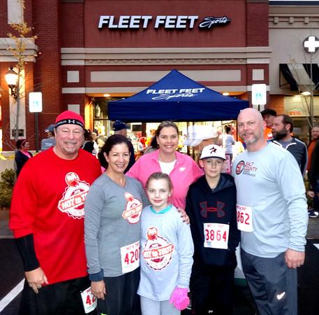 Fleet Feet Sports Hot to Trot 5K Run, Knoxville TN November 24, 2016