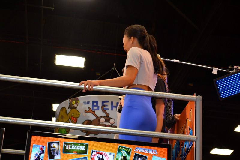 Naya Rivera: Behind the Con