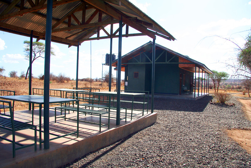 20121024-tarangire-entrance (2)
