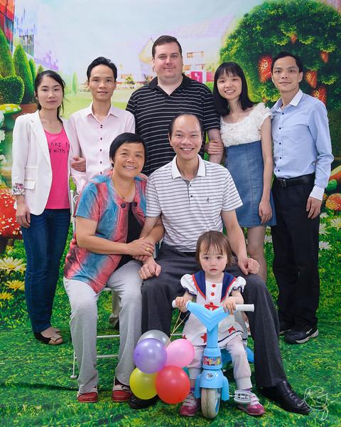 Family Portrait (2014-04-16_2498)