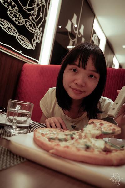 Pizza 2014-04-15_F1859