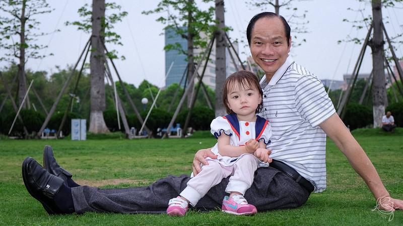 PJ & Grandpa Portrait 2014-04-16_F2154