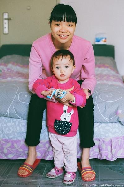 Mother Daughter Film Portrait (2013-10-28_30980002)
