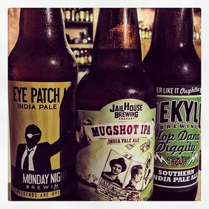 Thankful for local craft brewers and their IPA's #craftbeer #ipa #beer #thankful #hopdangdiggity #mondaynightbrewers #mugshotipa