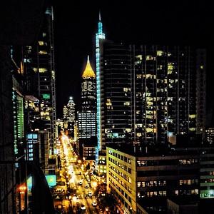 Peachtree Street Midtown Atlanta #realtorviews #metropolis #atlanta #peachtree #woulditbeweirdifibroughtmytripod