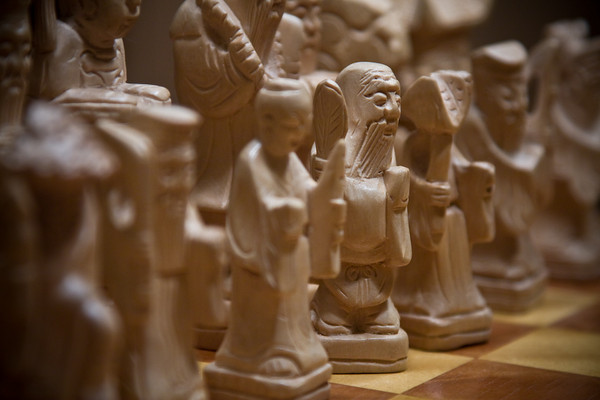 Middle Pawns