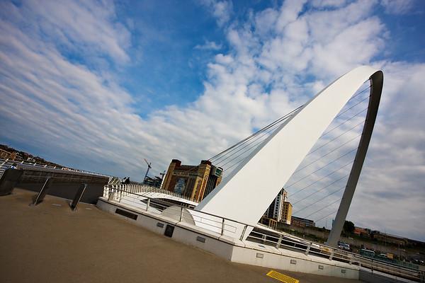 Gateshead Millennium Bridge Tilted