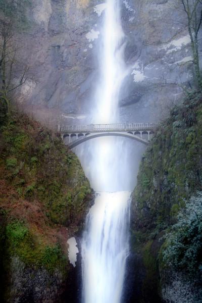 orton falls (Multnomah Falls)