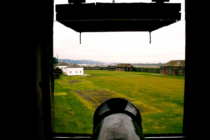 Cannon view inside the Fort