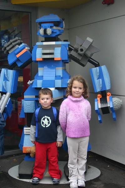 gotta love a lego robot!