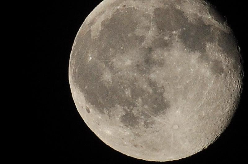 Moon_20090807_0350PS