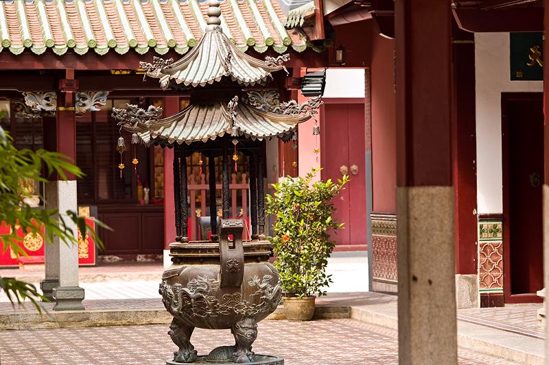 Singapore Oldest Temple