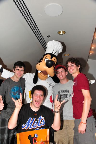 DisneyDay5__20090710_0233__