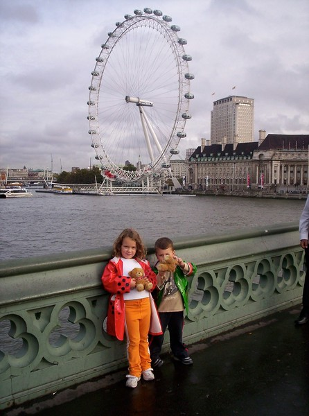 Kids in front of the London Eye