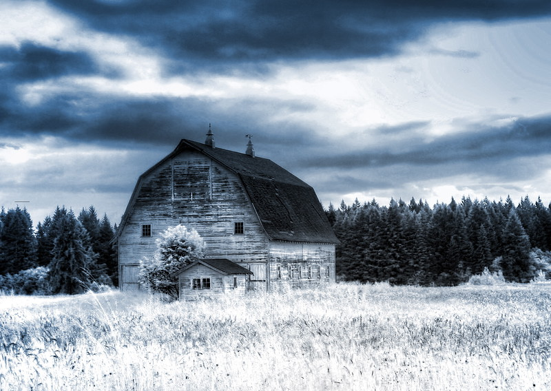 Barn In the Countryside IR