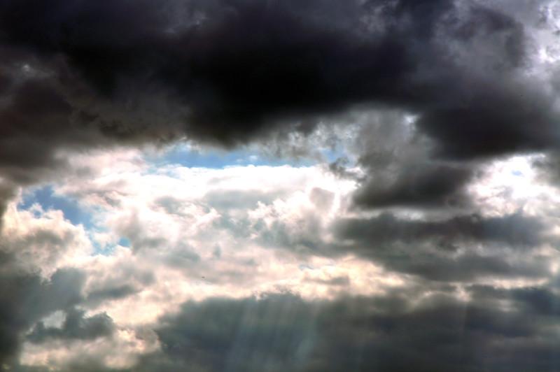 Clouds_20090513_0001