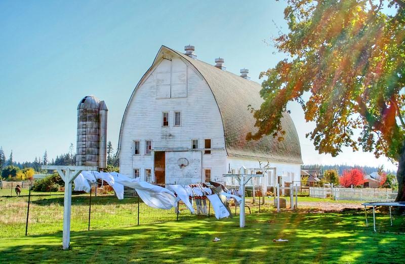 white barn laundryfixed