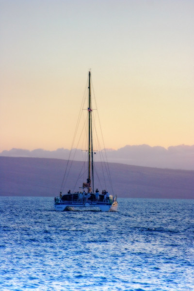 sailboat sunset Maui