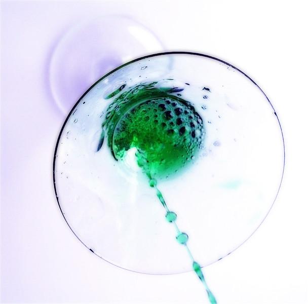 apple martini.jpg