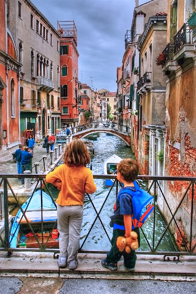 Kids in Venice HDR