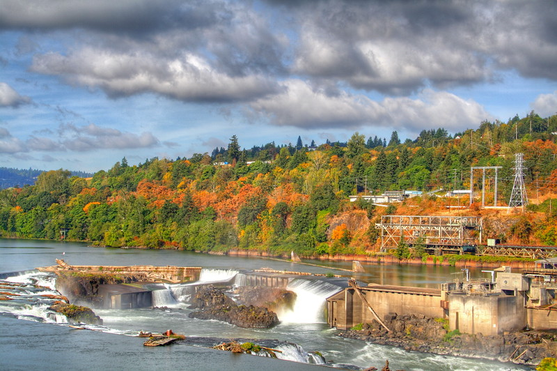 Willamette Falls in Oregon