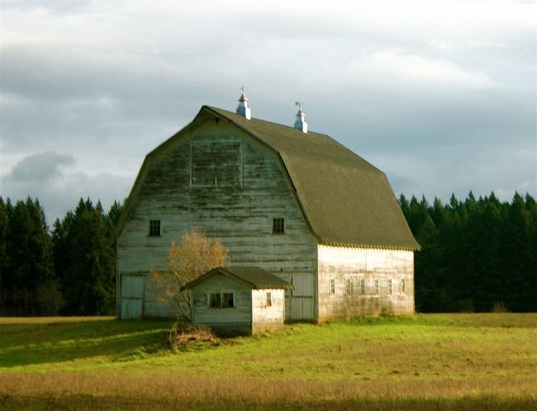 Barn on 5oth (the full view)