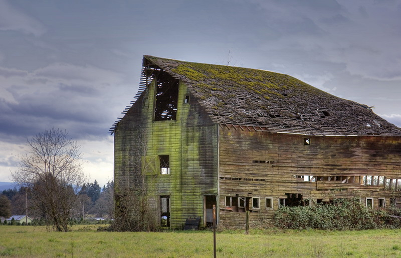 Barn on 72 hdr