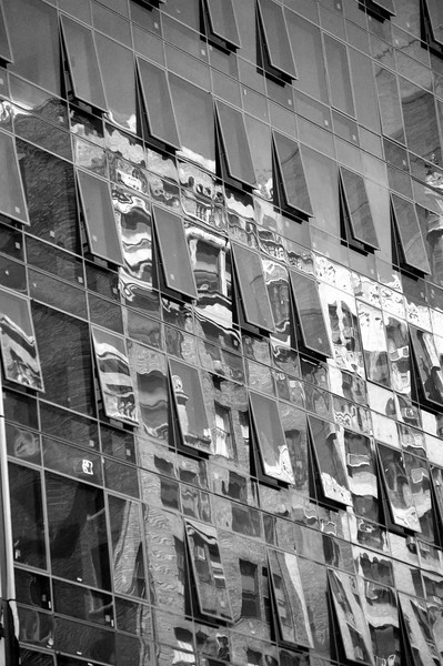 NYC_Buidling_Reflect