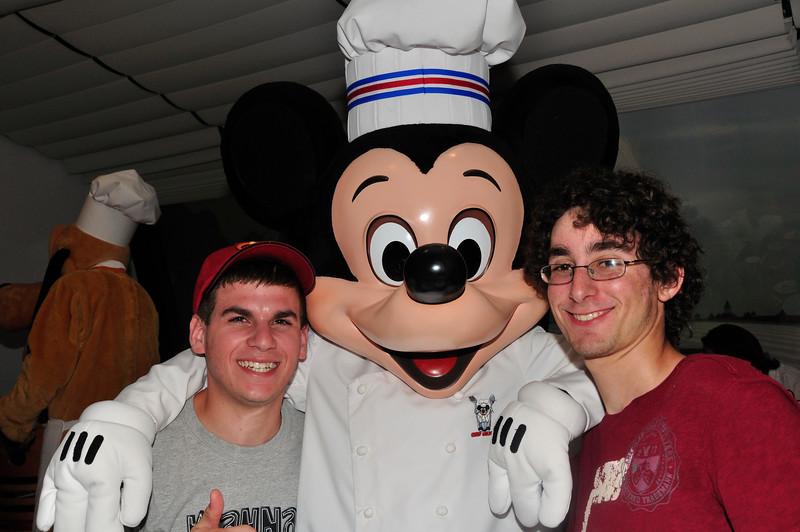 DisneyDay5__20090710_0215__