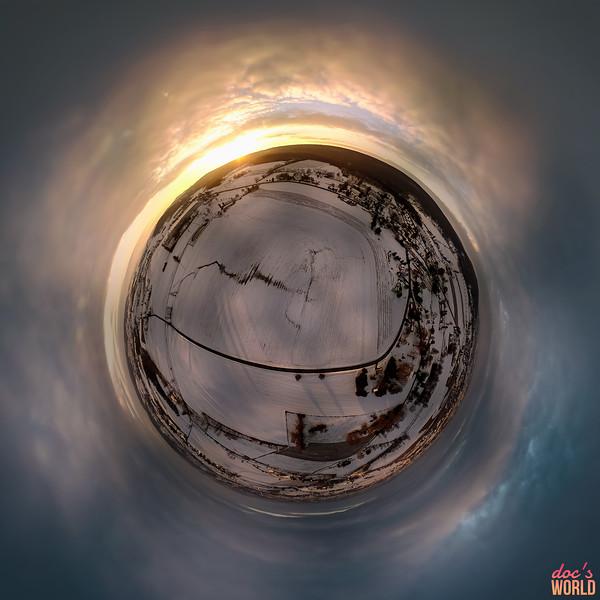 1568 - Skypano - Sunrise Ligalaw Tiny Planet