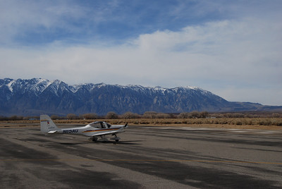 Bishop airport, fuel stop
