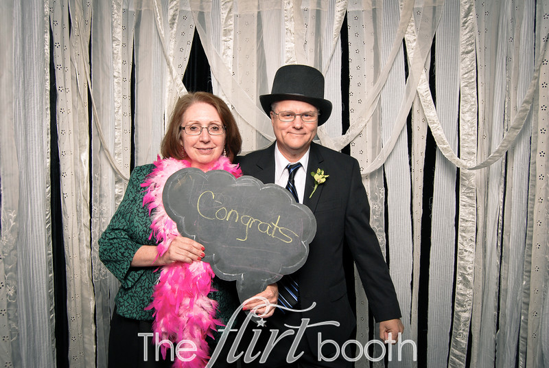 Meredith_Kevin_flirtbooth-135