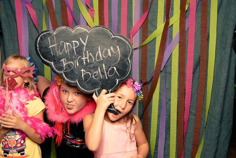 Bella_8thbday_flirtbooth045