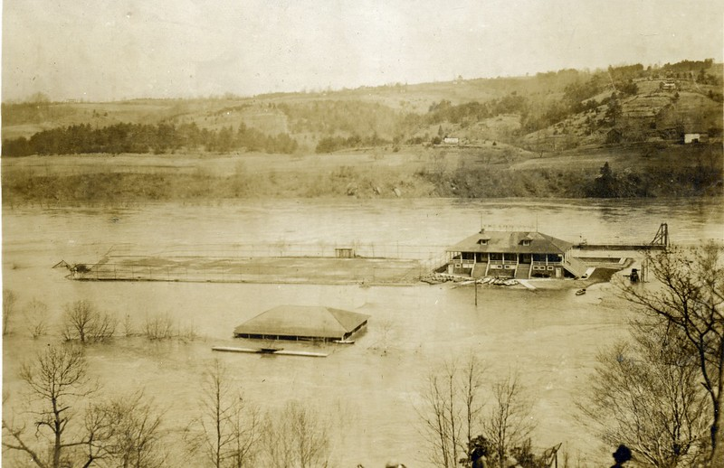 1913 Flood/James River near Lynchburg (06565)