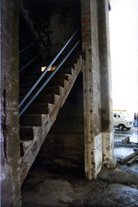 Staircase and Gauge (00685)