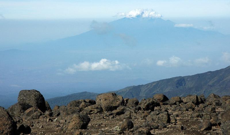 highland desert 4000-5000 mtr between Shira 2 camp 3891m - Arrow Glacier Camp 4872m in the background Mnt. Meru