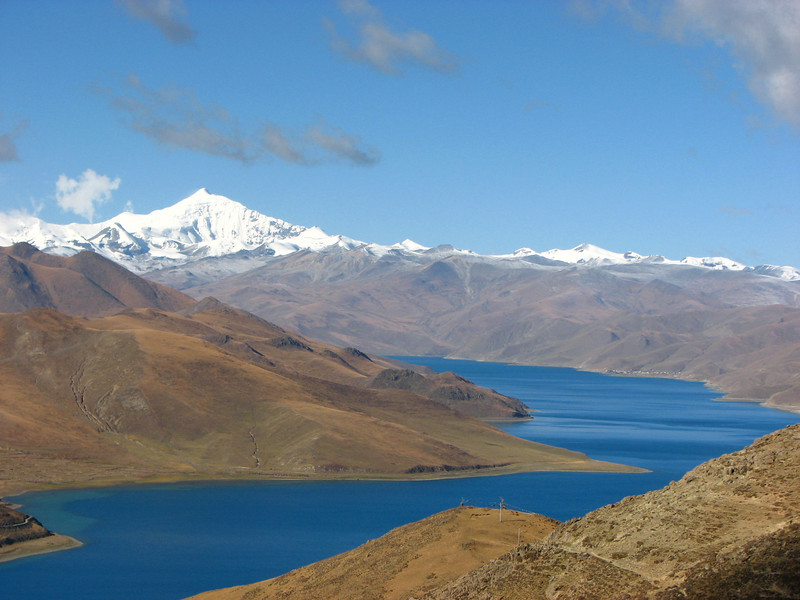 Yamdrok Tsho (4490m), secret lake, 638 km2 near Lhasa