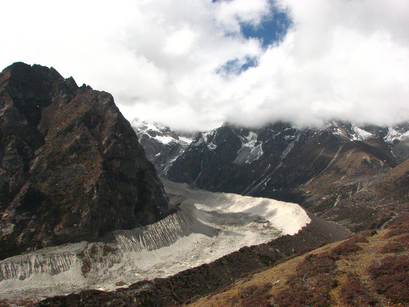 End moraine of the Ragarsanba Glacier, Pethang Ringmo Camp 4941m-Langma La High Camp 5098m