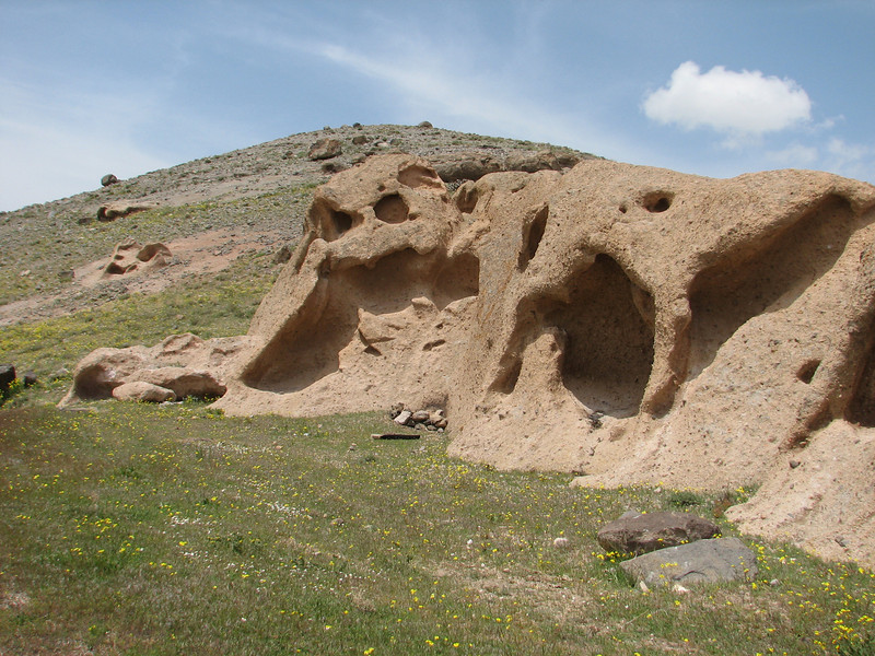 erosion patterns, landscape (Iran, Azarbayjan-e-Gharqi, Sahand mountains near Kandovan)