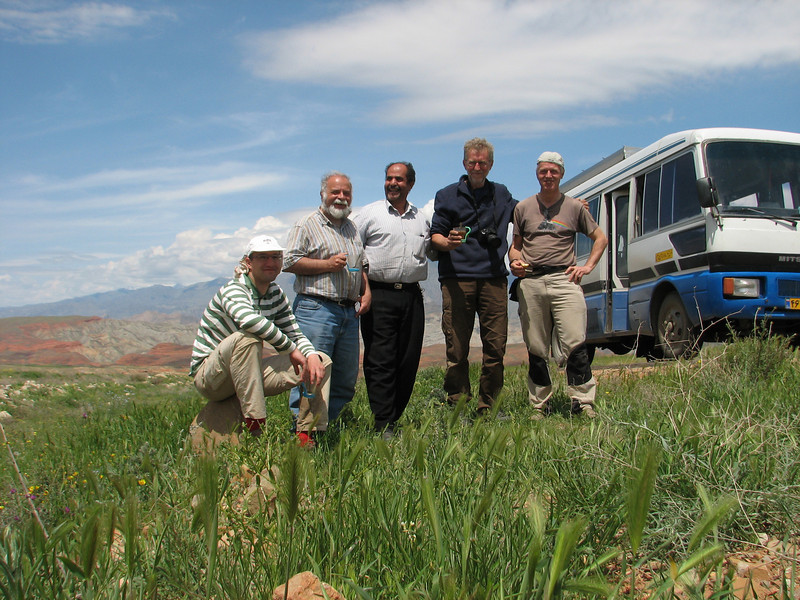 our group with Kees Jan, Harrie, Mohammad, Sicco and Marijn (Iran, Azarbayjan-e-Gharqi, mountains 15 km S of Siyah Rud, 1400m (18)