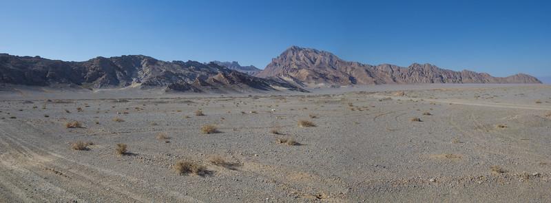 Shirkuh foothills in the semi-desert