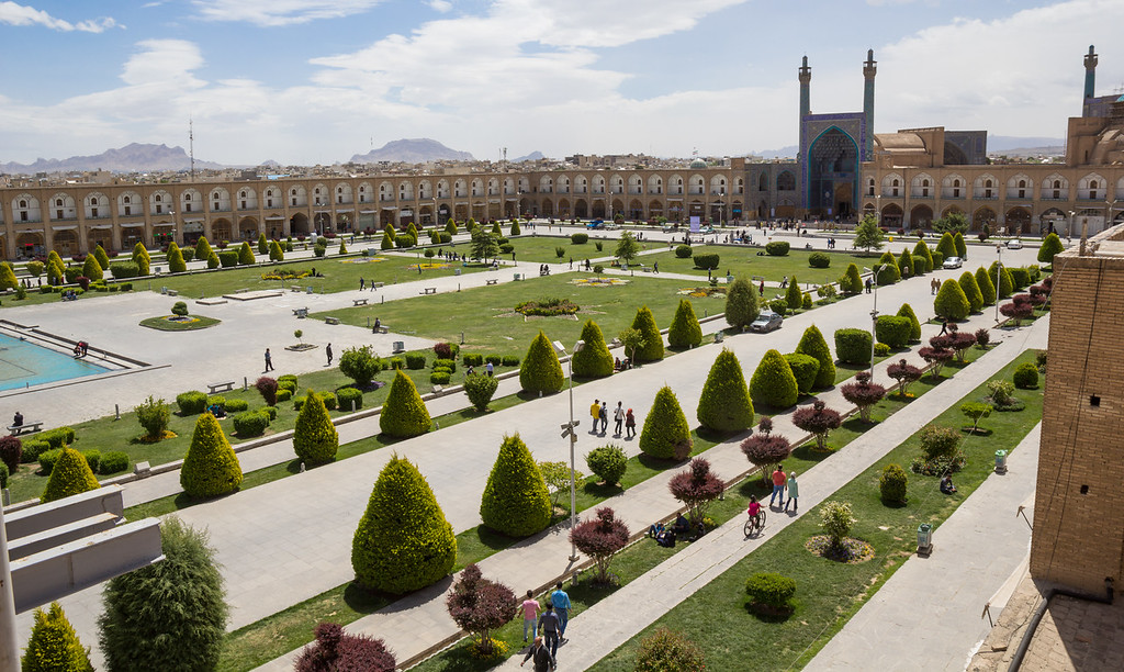 Naqsh-e Jahan Square, (Imam square) with the Shah Mosque