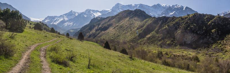 Gamskii Khrebiet mountains
